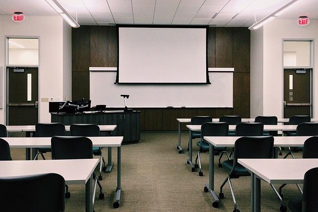 大学運営に挑戦した方がいい3つの理由と社会に通じる心構えとは?