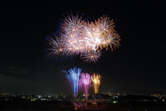 いたみ花火大会の2017年の日程・時間は?花火穴場スポットも紹介!