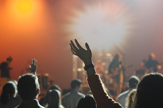 コンサートを全力で楽しむための必需品とは?ライブでの持ち物リスト