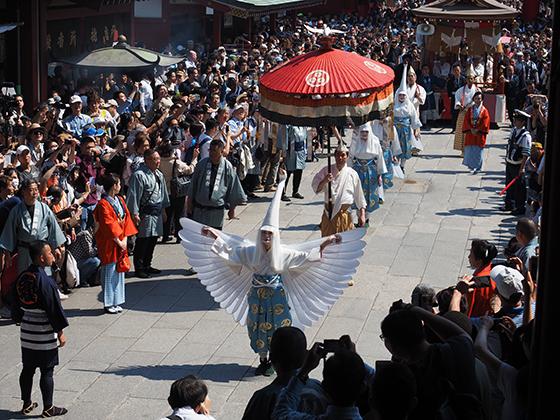 三社祭の2018年の日程・時間は?見どころも紹介!