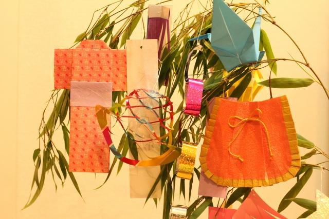 「七夕飾り」に込められた意味~短冊の色の意味もご紹介~