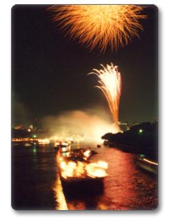 大阪天神祭の2017年の日程・時間は?花火穴場スポットも紹介!