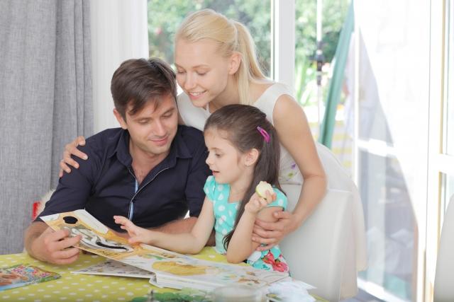 時の記念日におすすめの絵本は?由来を子供向けに説明するには?