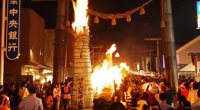吉田の火祭り2017年の日程・時間は?おすすめスポットも紹介!
